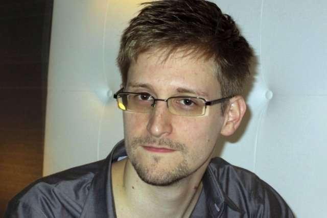Edward Snowden, omme qui a révélé au monde le scandale des écoutes de l'agence de renseignements américaine et de la CIA, se serait évaporé dans la nature.