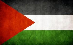 Drapeau palestinien. C'est le drapeau le plus fréquemment rencontré au cours de cette manifestation