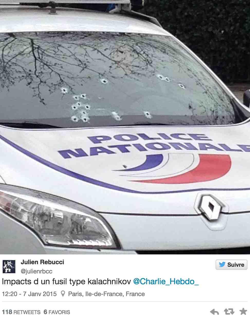 Sur twitter, la photo de ce véhicule de police criblé de balles circule depuis quelques minutes