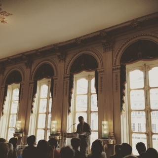 Jean-Marie Charon introduit les Start-upers de la presse cités dans son rapport. Photo : CS, Intégrales mag